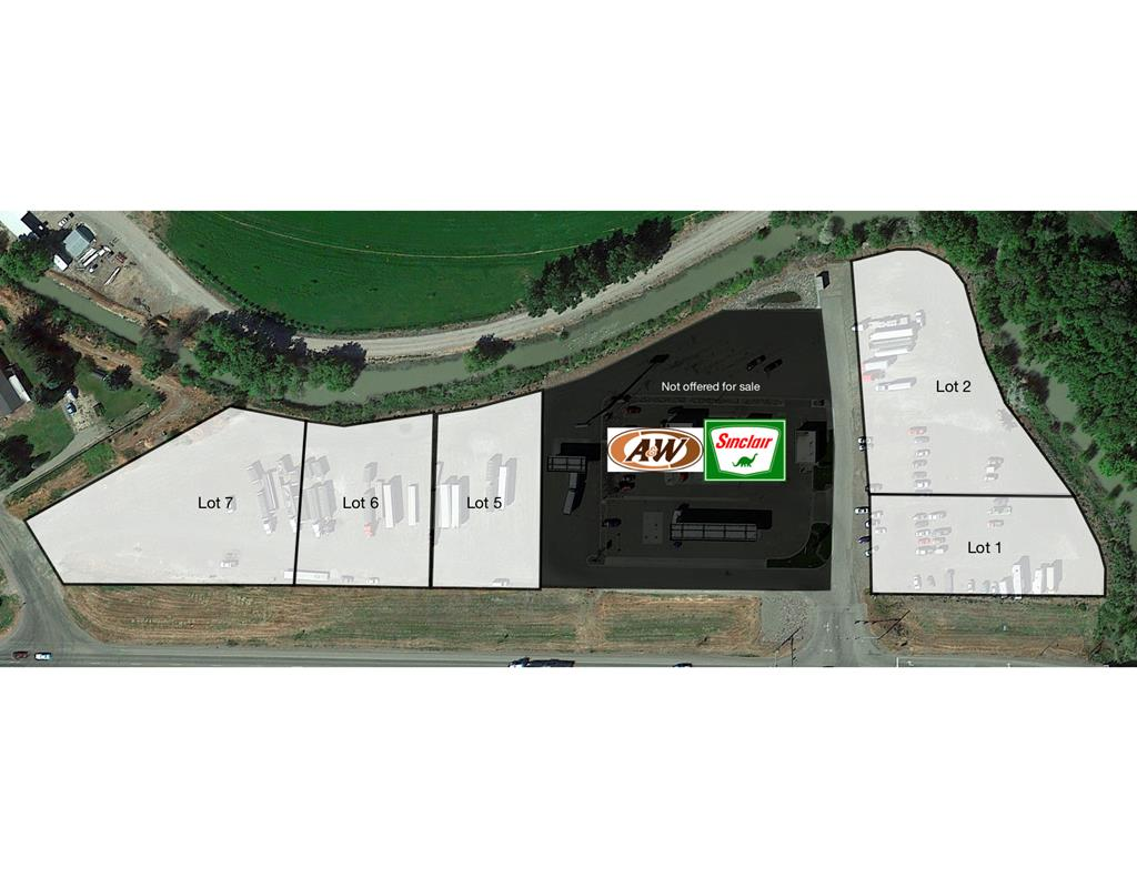 L1 Highway Drive Property Photo