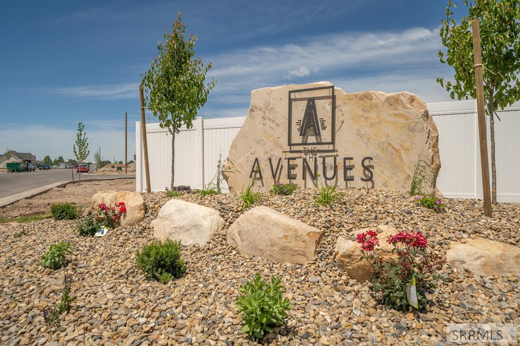 L12 B11 Mesa Canyon Drive Property Photo