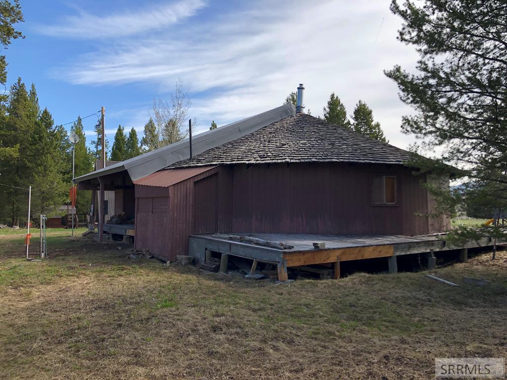 4012 Deer Avenue Property Photo