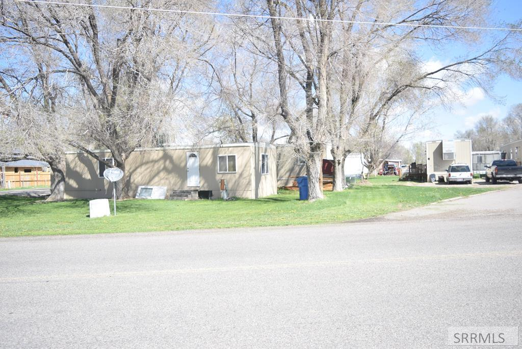 317 E Smith Street Property Photo - RIRIE, ID real estate listing