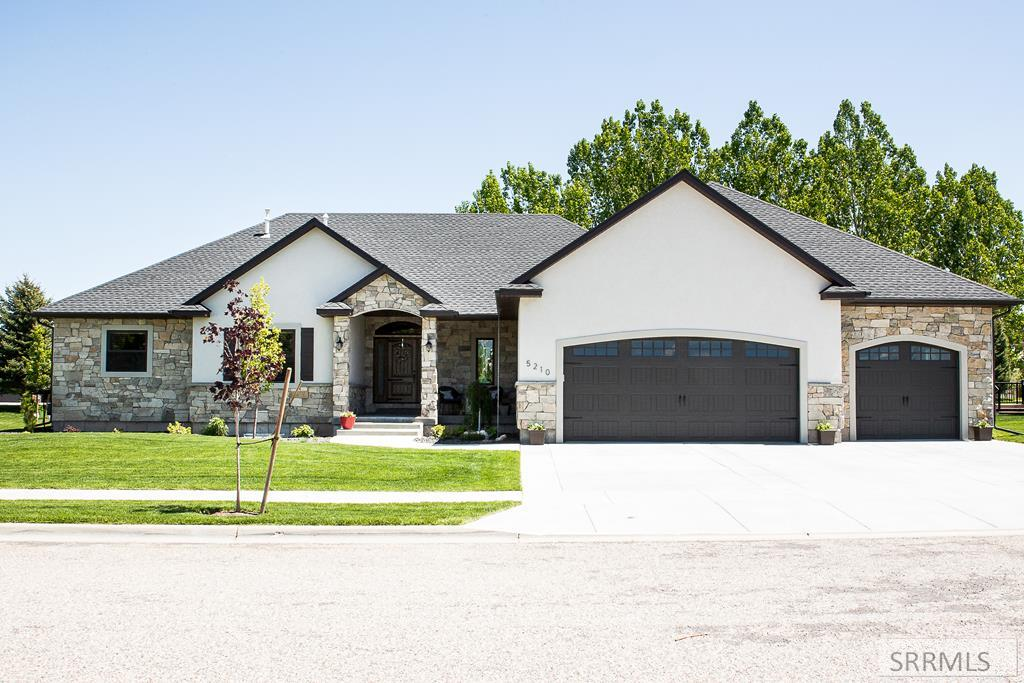 5210 Shadow Creek Drive Property Photo - IDAHO FALLS, ID real estate listing