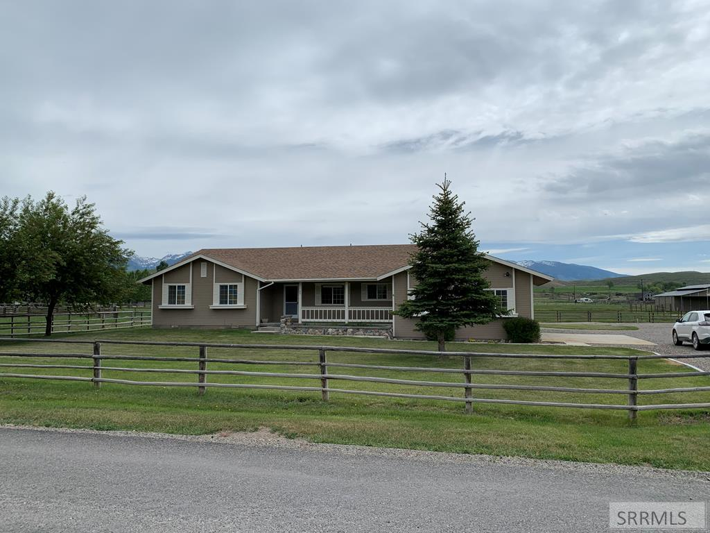 27 Coiner Road Property Photo - SALMON, ID real estate listing