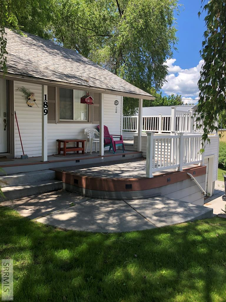 189 S 1st Ave Property Photo - LAVA HOT SPRINGS, ID real estate listing
