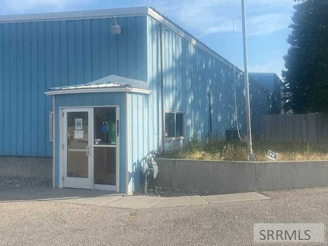 3140 S Yellowstone Hwy Property Photo