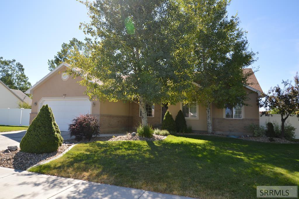 3714 E Autumnwood Drive Property Photo - AMMON, ID real estate listing