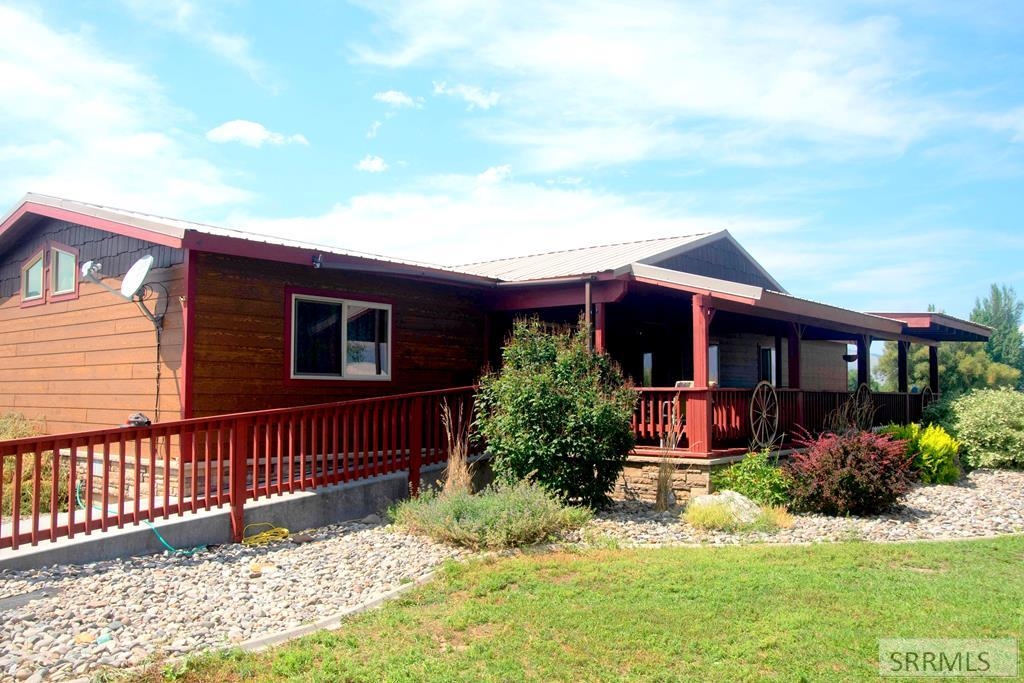 16 Coiner Road Property Photo - SALMON, ID real estate listing