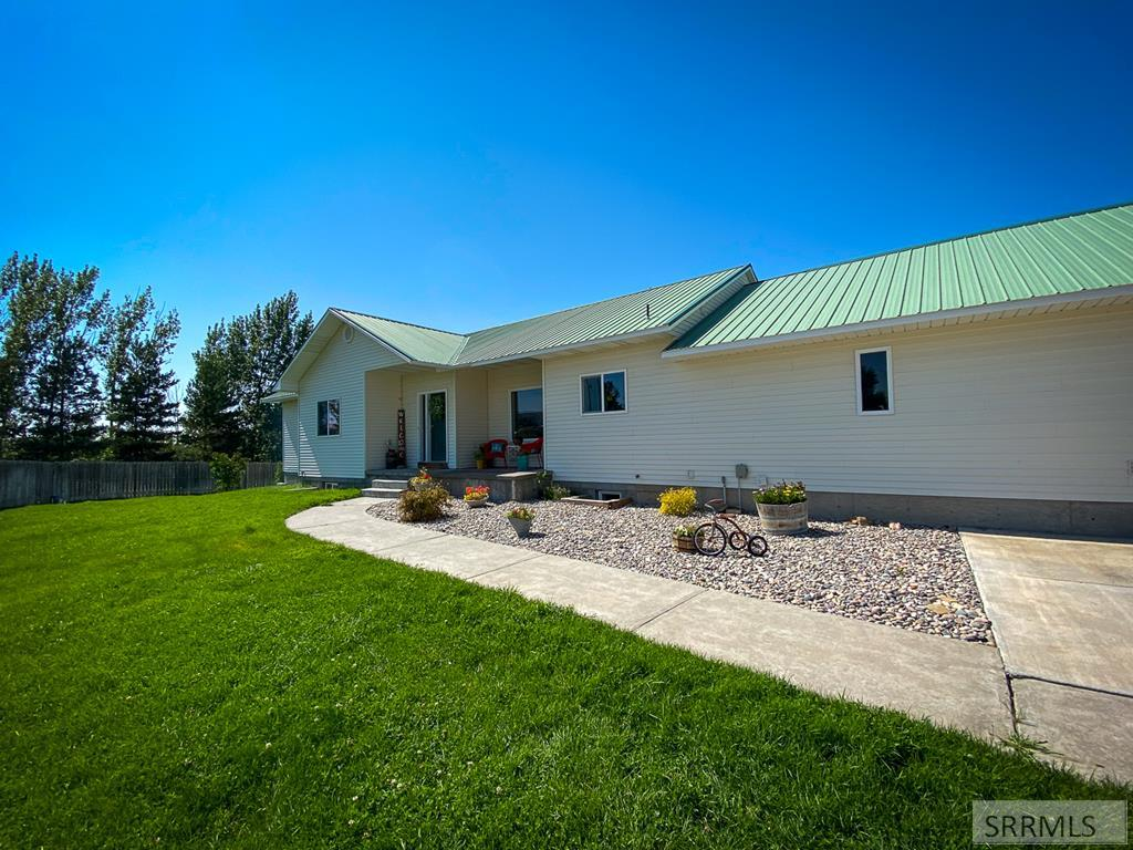 6999 E Foothill Road Property Photo - IDAHO FALLS, ID real estate listing