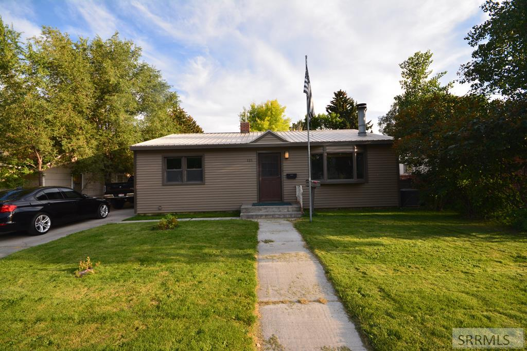 325 W 17th Street Property Photo - IDAHO FALLS, ID real estate listing