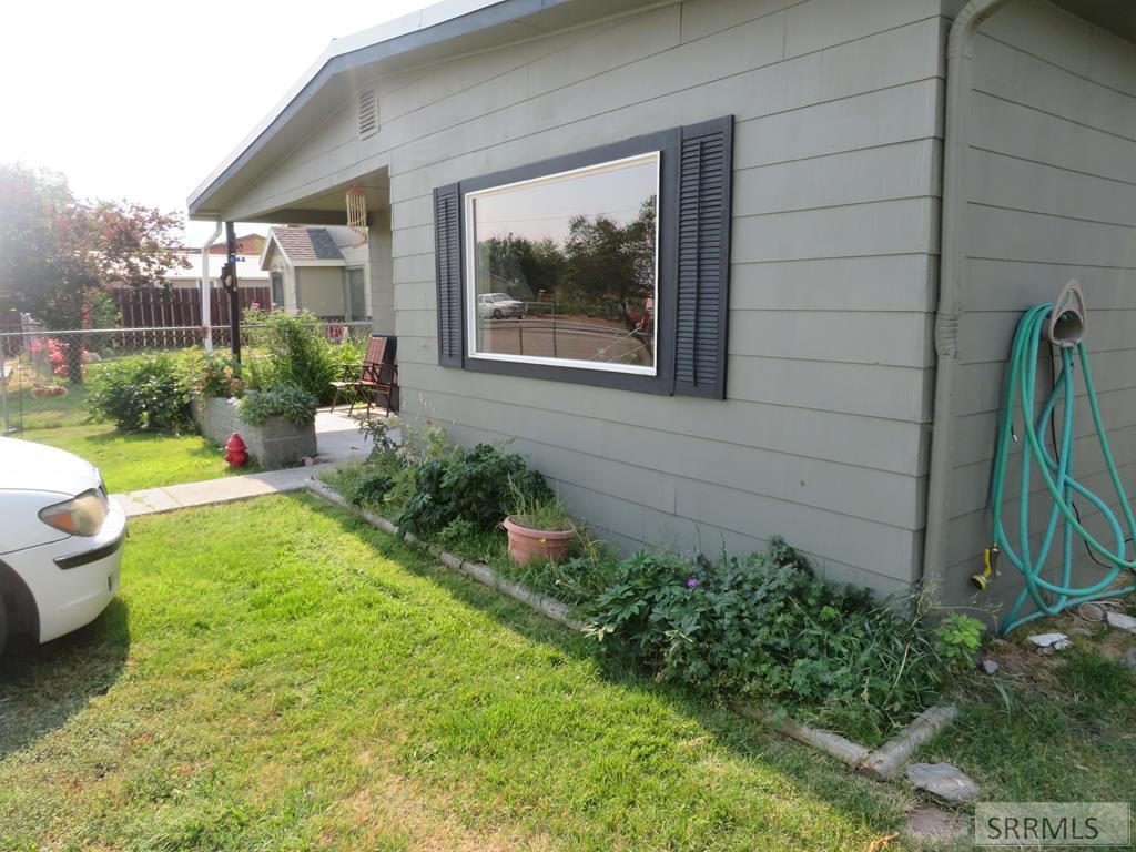 709 Sharkey Street Property Photo