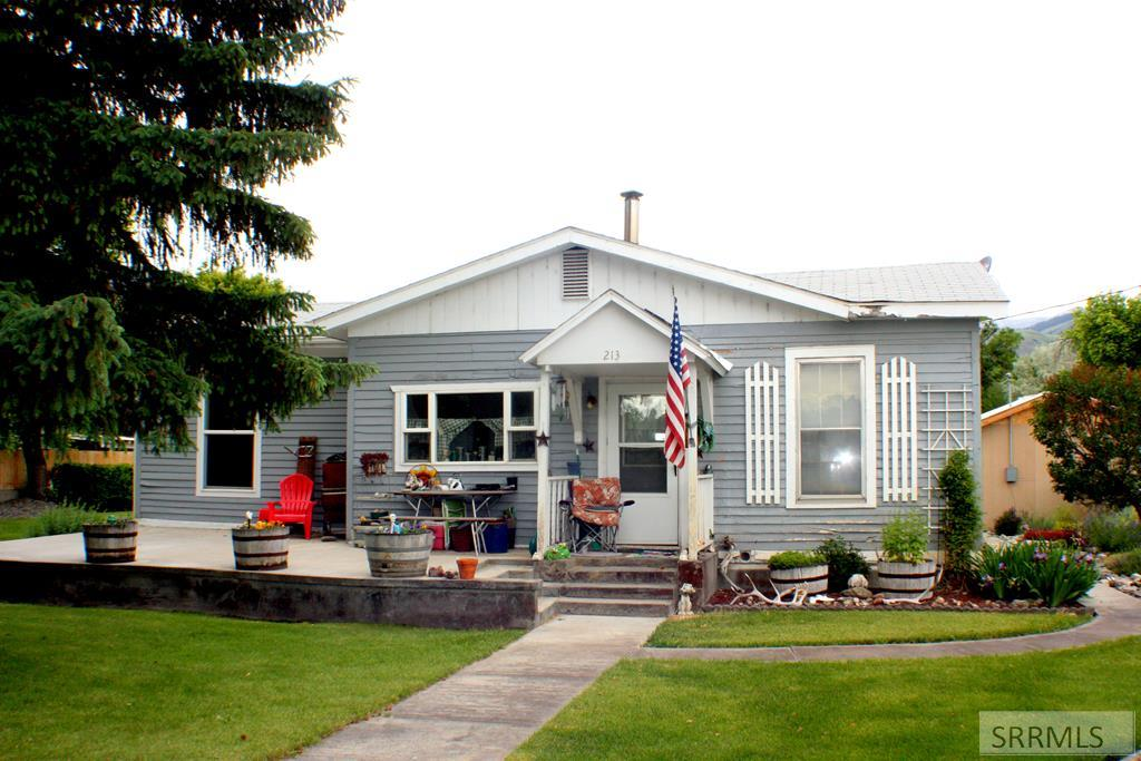 213 S St Charles Street Property Photo - SALMON, ID real estate listing