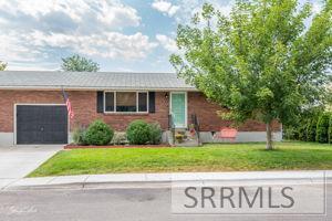 889 Sawtooth Street Property Photo - CHUBBUCK, ID real estate listing