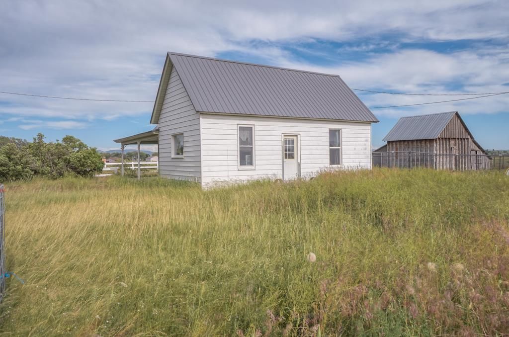 4354 E 300 N Property Photo