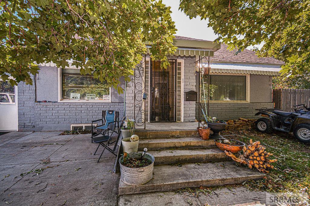 605 10th Street Property Photo