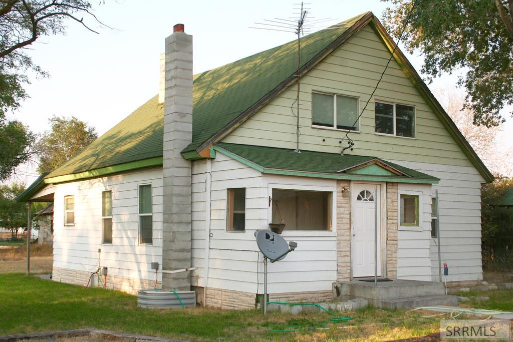 52 E 4th S Property Photo