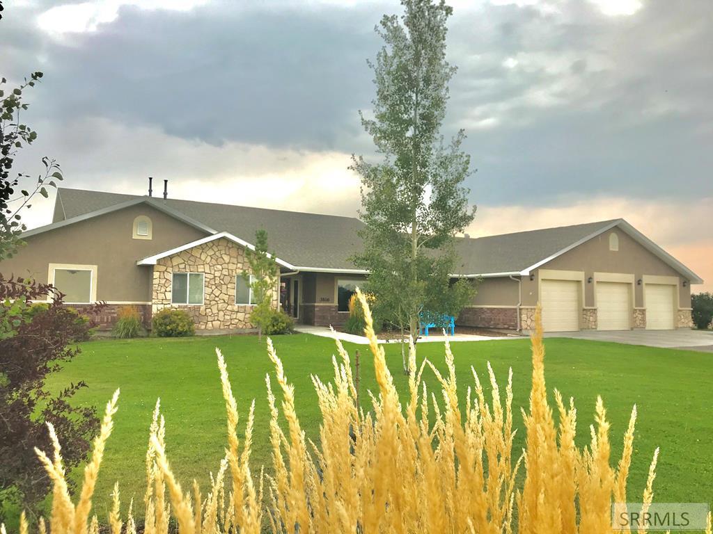 3816 Taylor Lane Property Photo