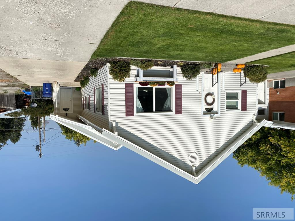 537 W 3rd N Property Photo - ST ANTHONY, ID real estate listing