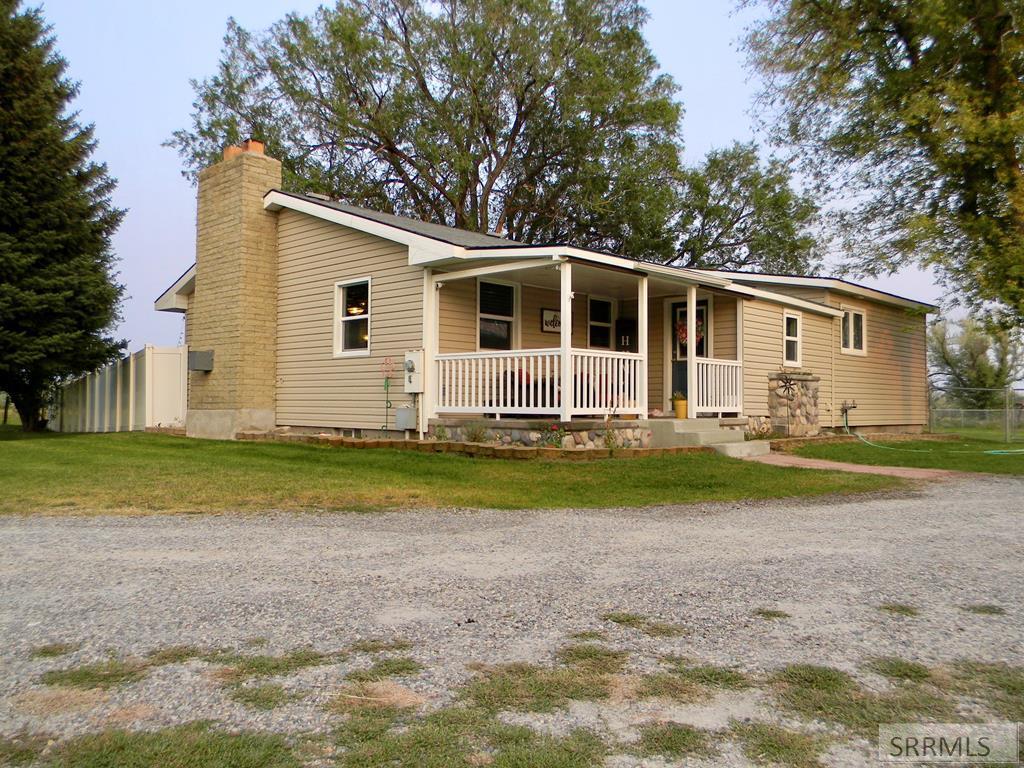 481 E 700 N Property Photo - FIRTH, ID real estate listing