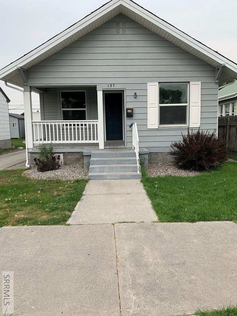 137 3rd Street Property Photo