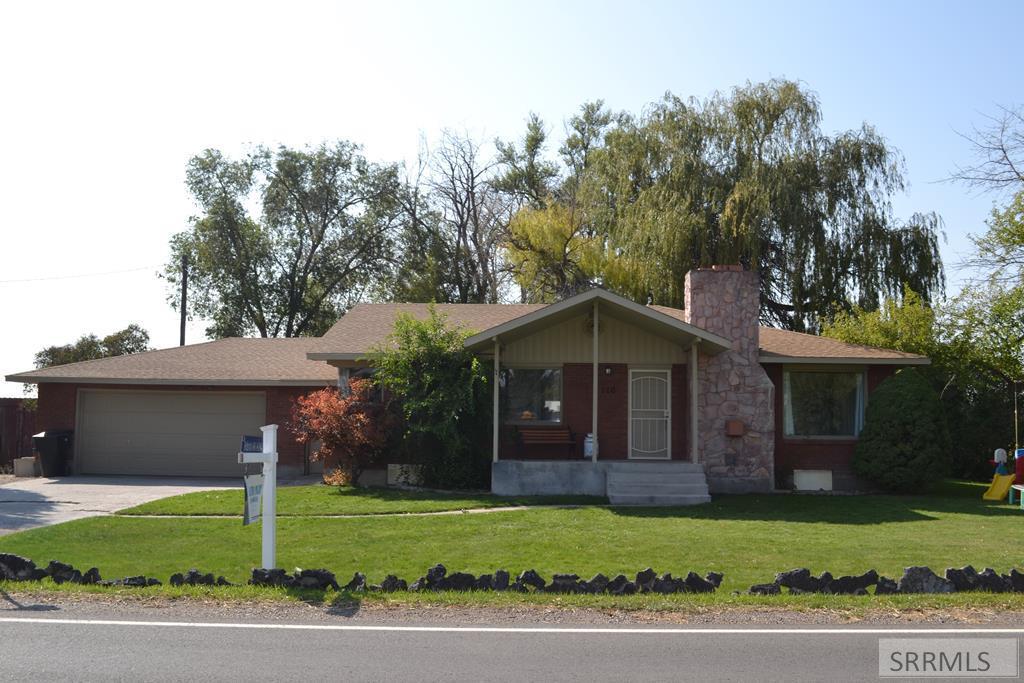 110 N Hansen Avenue Property Photo - SHELLEY, ID real estate listing