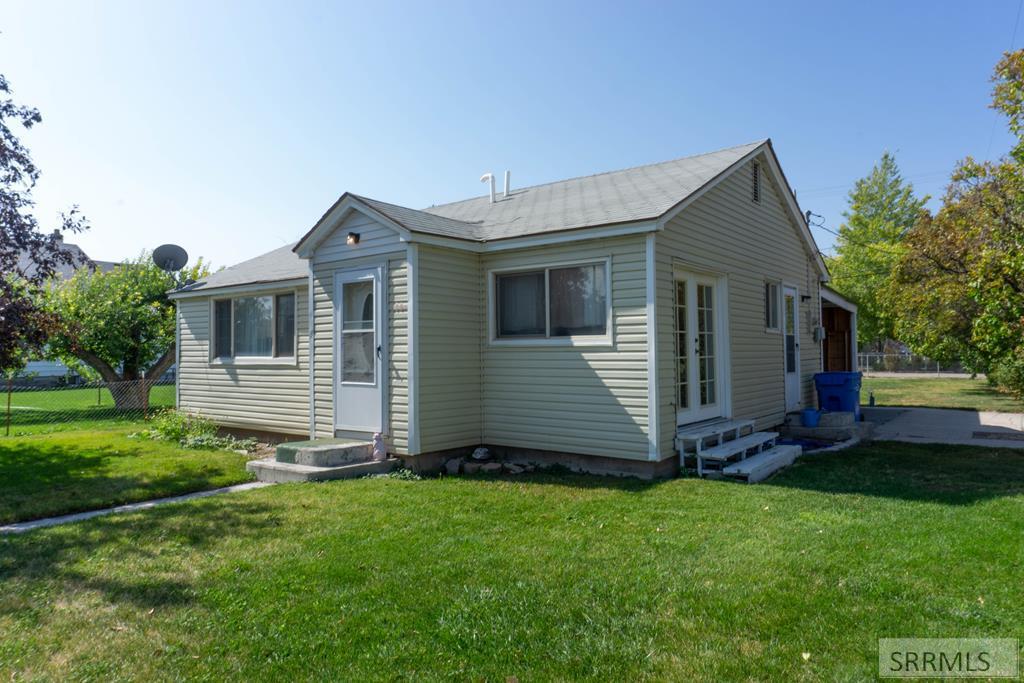 175 1 W Property Photo - RIRIE, ID real estate listing