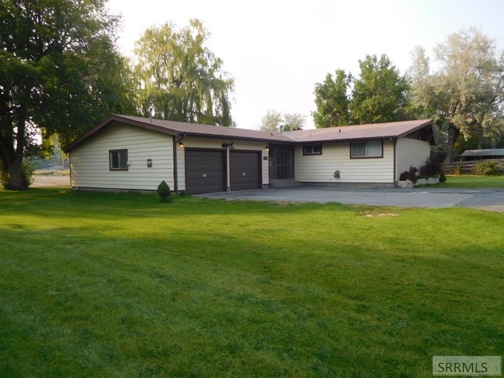 745 W Harmony Drive Property Photo - BLACKFOOT, ID real estate listing