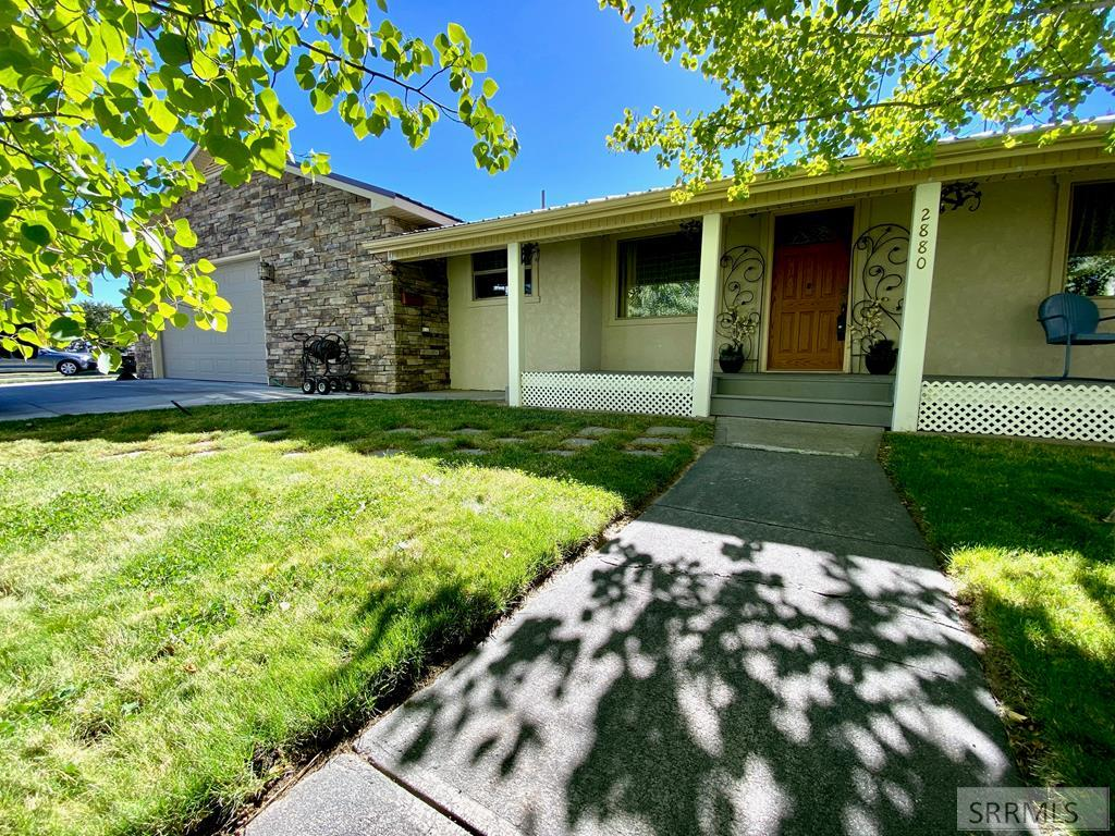 2880 E Sawtooth Street Property Photo - AMMON, ID real estate listing
