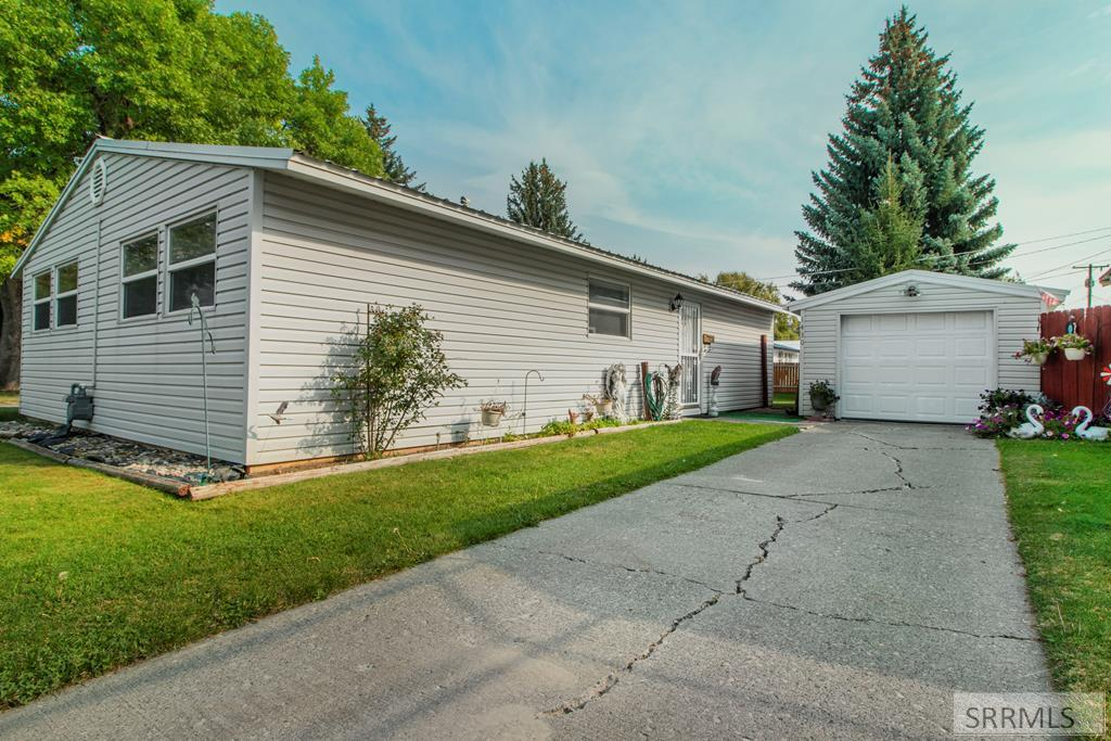 1430 Johnson Street Property Photo - IDAHO FALLS, ID real estate listing