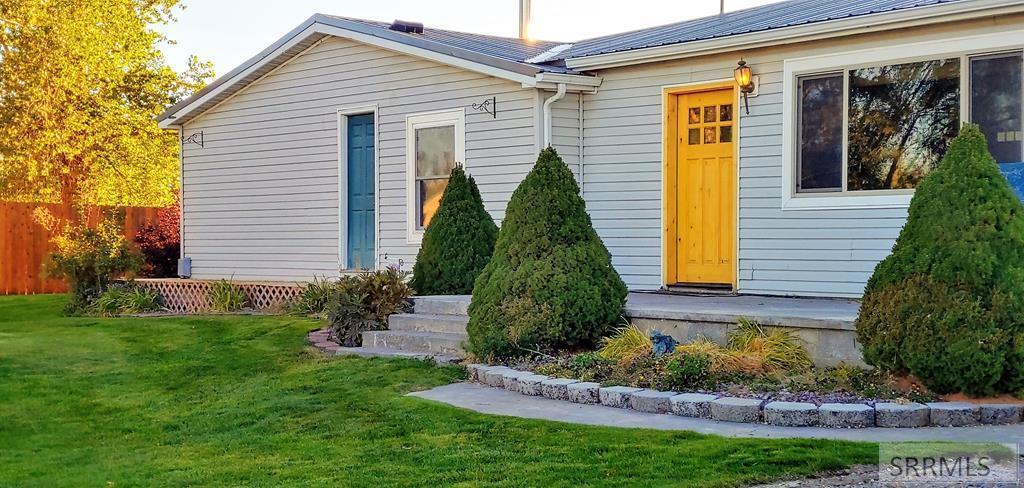 60 N 260 E Property Photo - BLACKFOOT, ID real estate listing