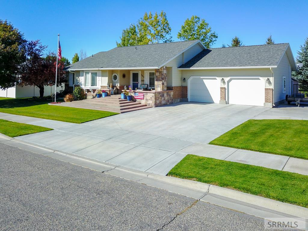 392 Jupiter Hills Drive Property Photo