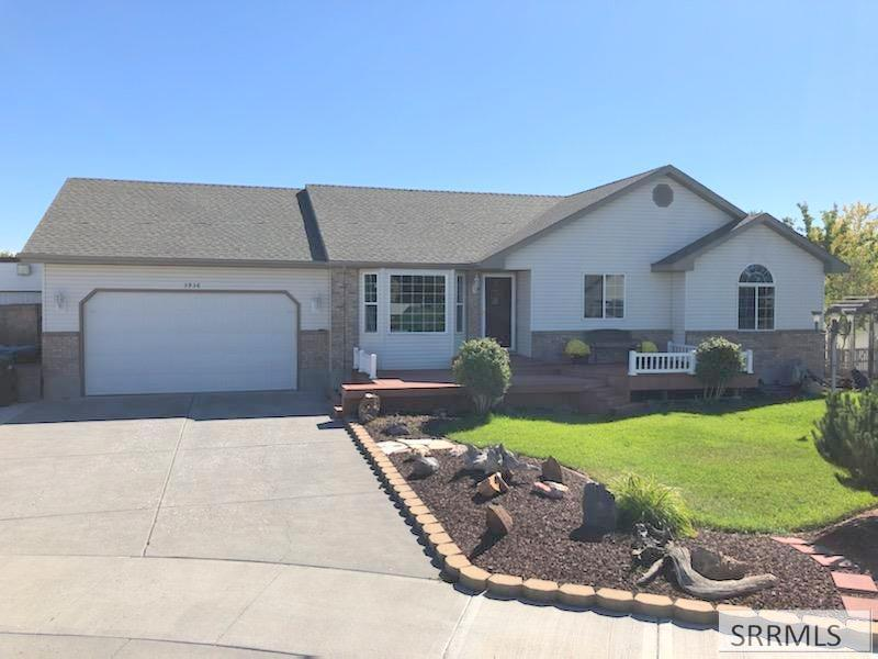3936 Bridgegate Circle Property Photo - AMMON, ID real estate listing