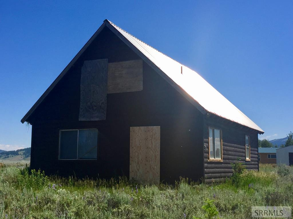 5095 Mallard Drive Property Photo