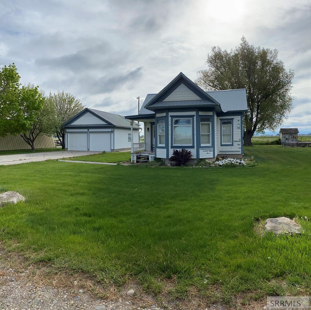 69 N 900 W Property Photo - BLACKFOOT, ID real estate listing