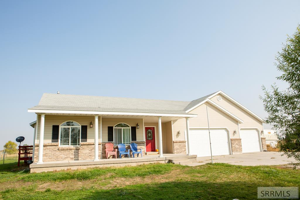 816 W 100 S Property Photo - BLACKFOOT, ID real estate listing