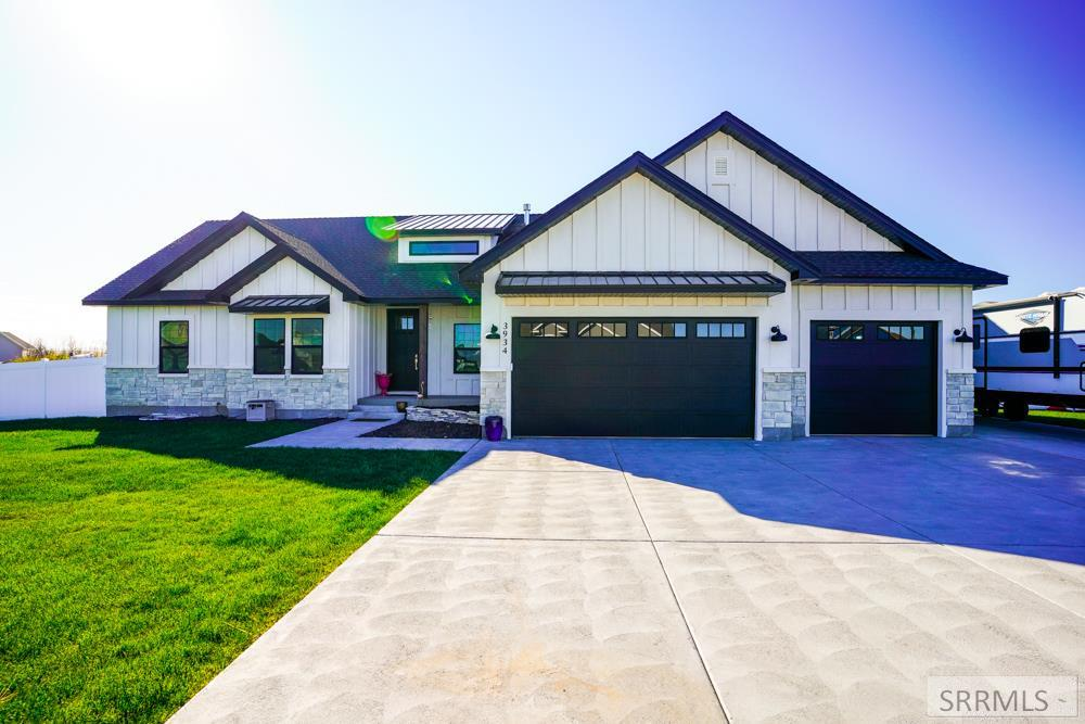 3934 E 13 N Property Photo - RIGBY, ID real estate listing