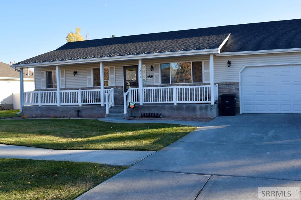 4290 E Birchwood Circle Property Photo - AMMON, ID real estate listing