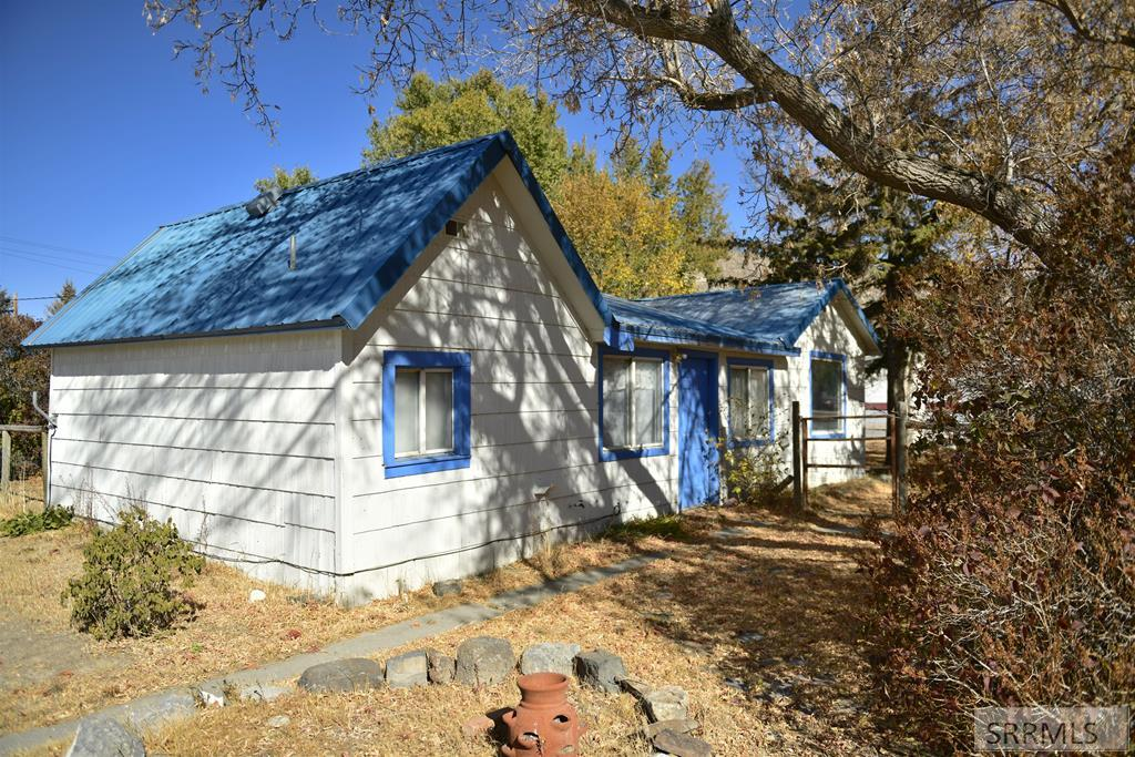 348 S Idaho Street Property Photo - ARCO, ID real estate listing