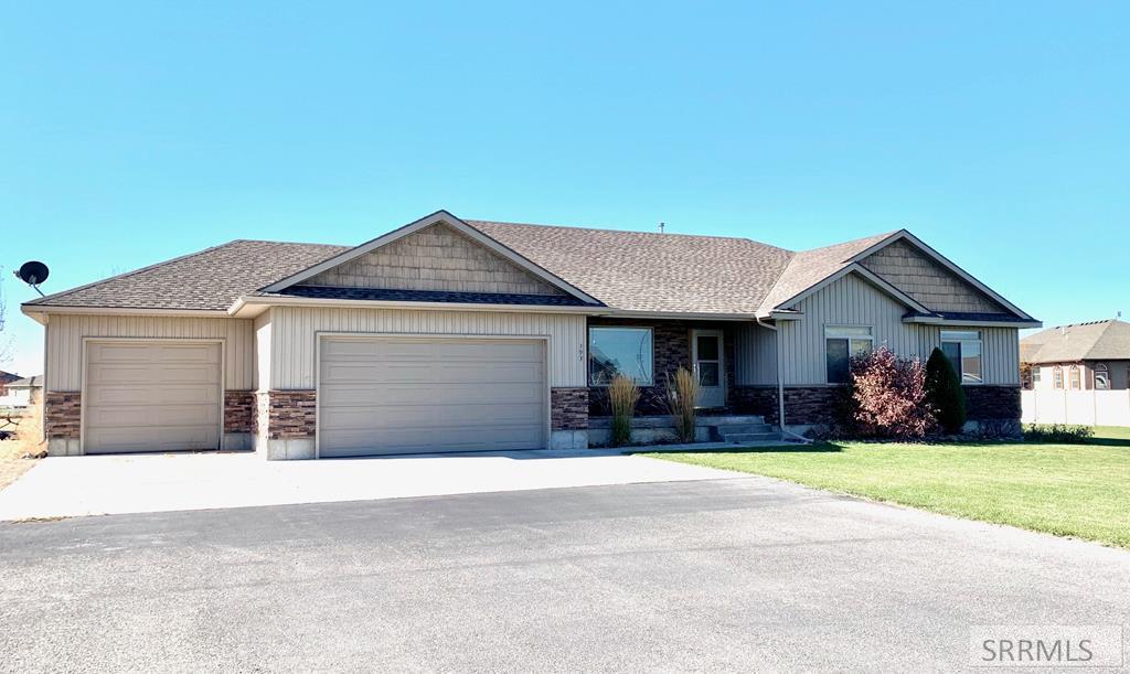 193 N 3839 E Property Photo