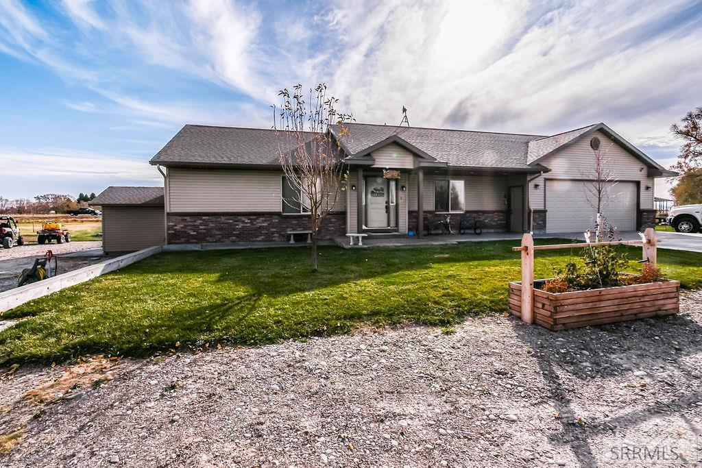405 W Riverton Road Property Photo - BLACKFOOT, ID real estate listing