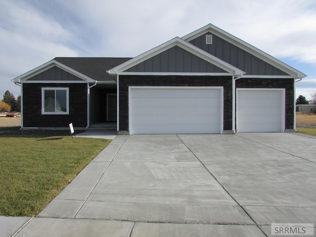 2152 Coopers Way Property Photo - BLACKFOOT, ID real estate listing