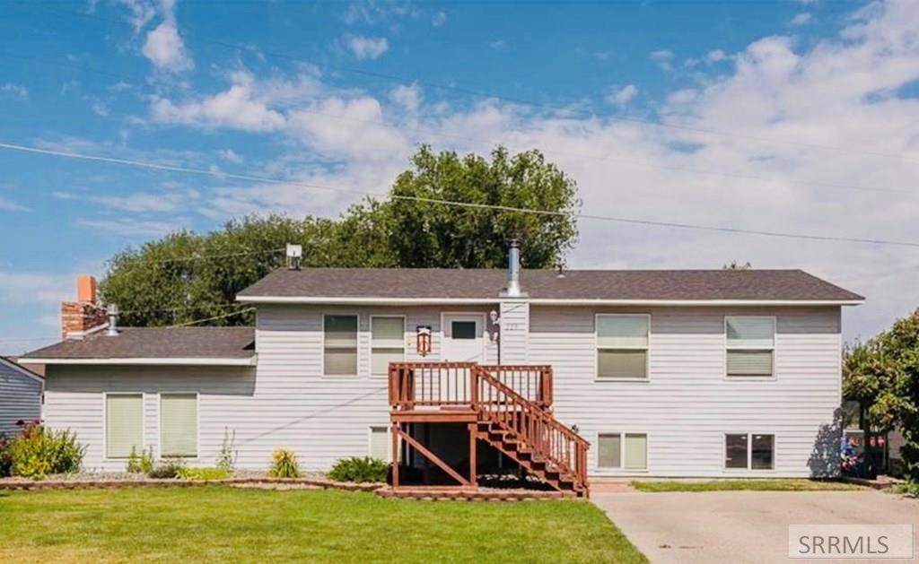 229 N Front Street Property Photo - SUGAR CITY, ID real estate listing