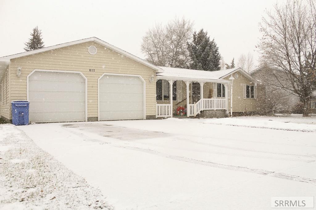 106 E 3 S Property Photo - SUGAR CITY, ID real estate listing