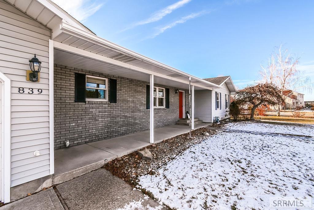 839 E 1415 N Property Photo - SHELLEY, ID real estate listing