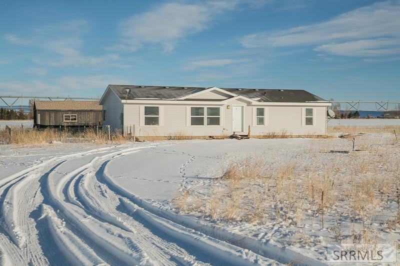 2791 N 800 E Property Photo - ST ANTHONY, ID real estate listing