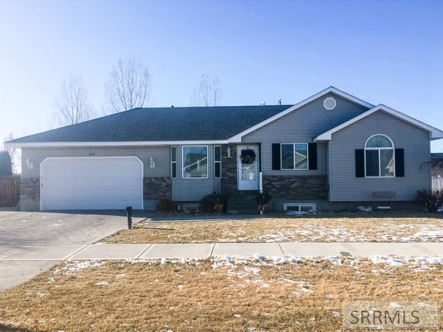 614 Ensign Drive Property Photo - AMMON, ID real estate listing