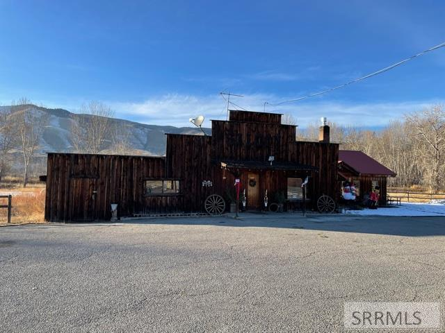 334 Hwy 93 Property Photo - SALMON, ID real estate listing