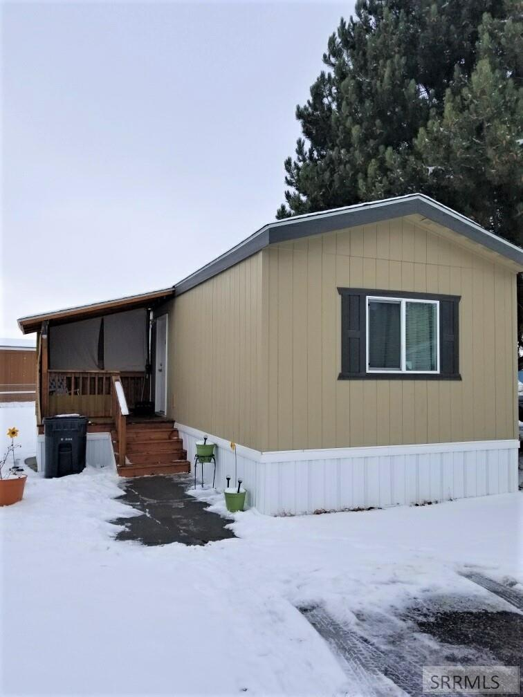 977 Goldie Street Property Photo