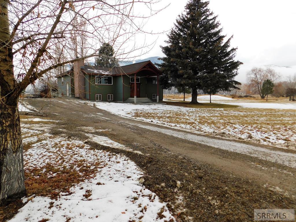 19 Havens Lane Property Photo - SALMON, ID real estate listing