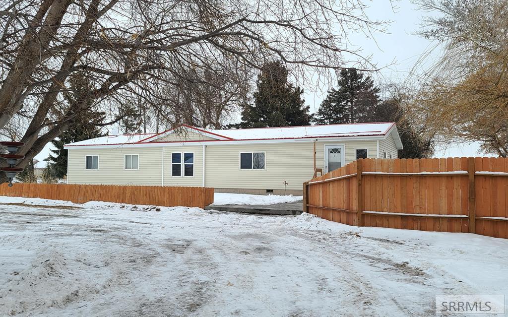 5721 N 25 E Property Photo