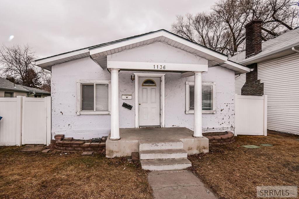 1136 S 2nd Avenue Property Photo