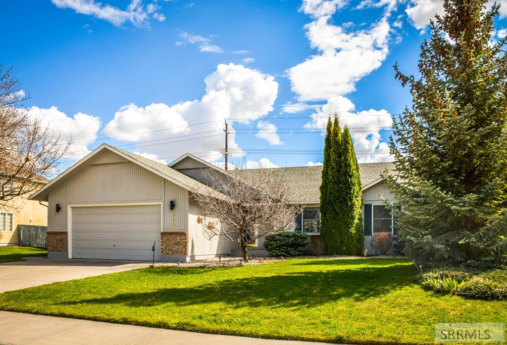 334 Springwood Lane Property Photo - IDAHO FALLS, ID real estate listing